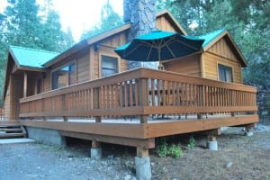 Double Eagle Resort and Spa cabins offer plenty of room for kids and dogs. PHOTO BY MIMI SLAWOFF