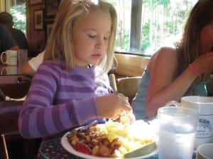 Tasty meals at budget prices make the Silver Lake Cafe popular with families. PHOTO BY MIKE SASSO