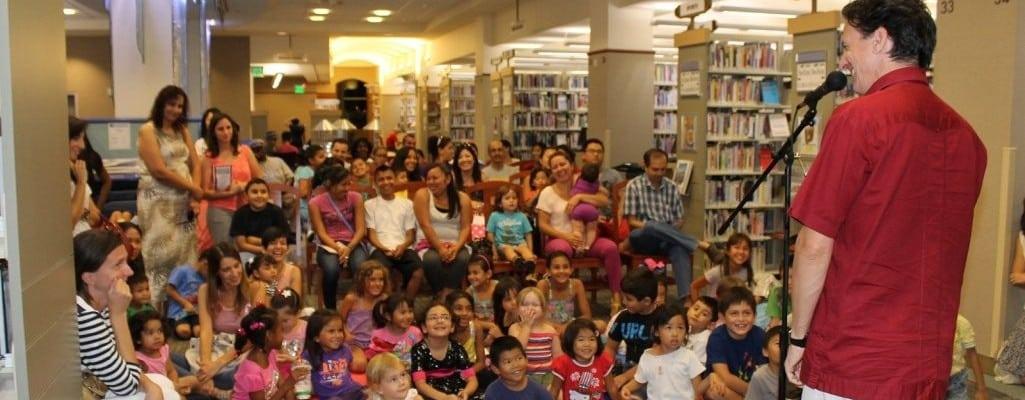 El día de los niños/El día de los libros–Special Guest Author Antonio Sacre