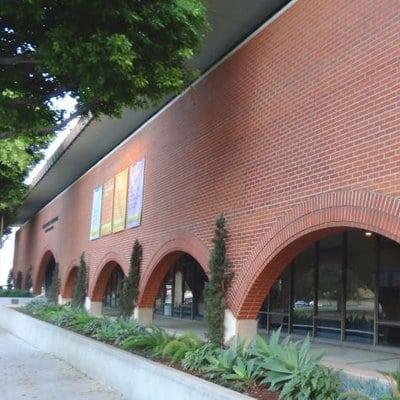 Los Angeles schools - Albert Einstein Odyssey Academy