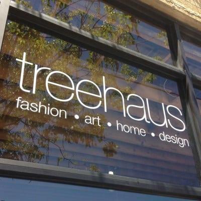 treenhaus sign