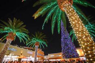 Citadel Outlets' Tree Lighting Ceremony
