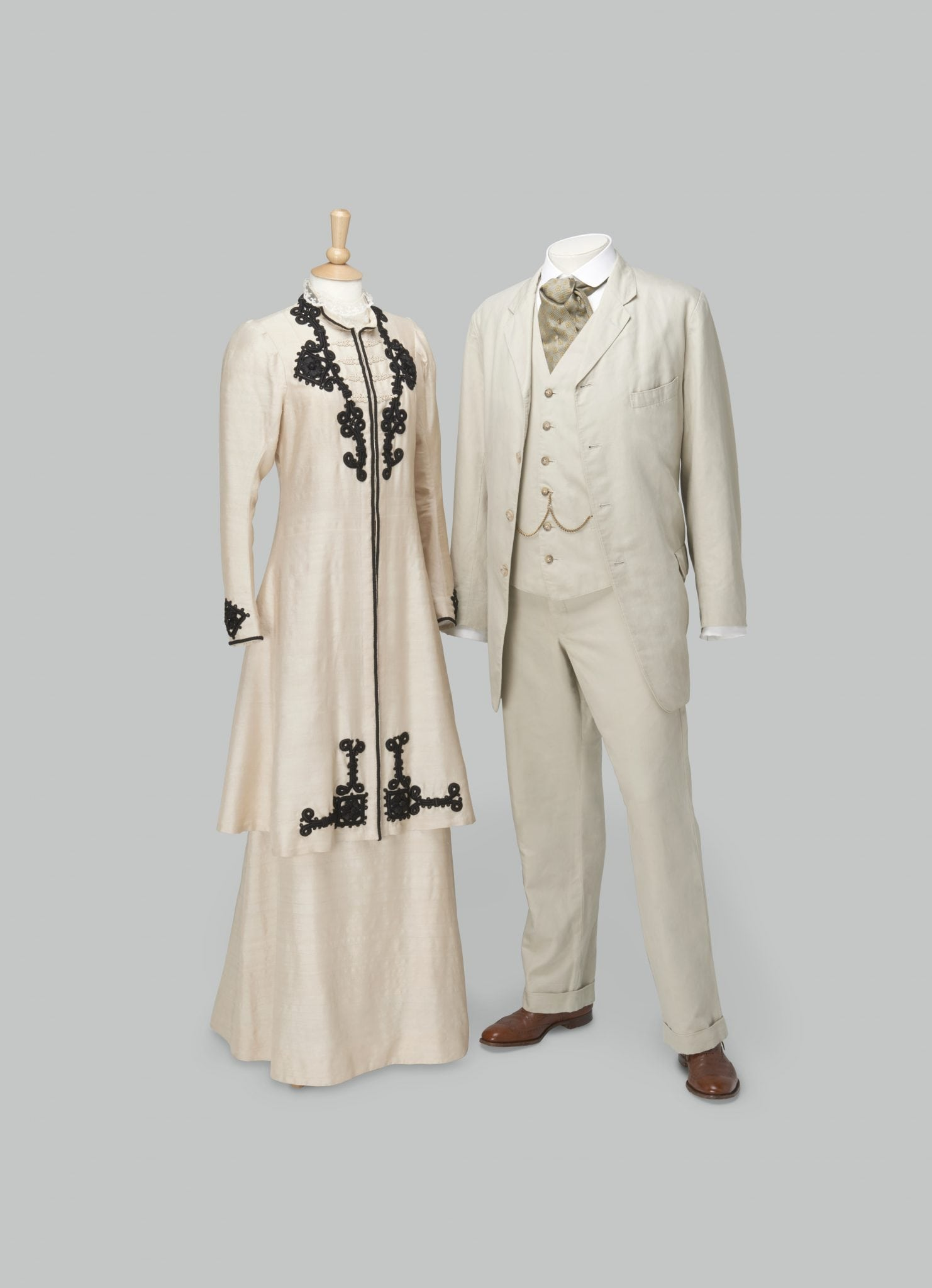 Dressing Downton: Changing Fashion for Changing Times Exhibit