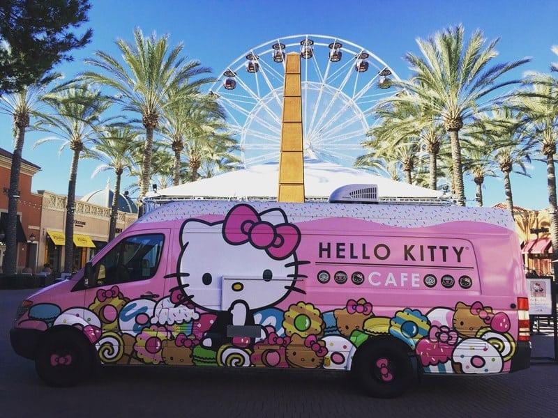 The Hello Kitty Truck In Valencia!