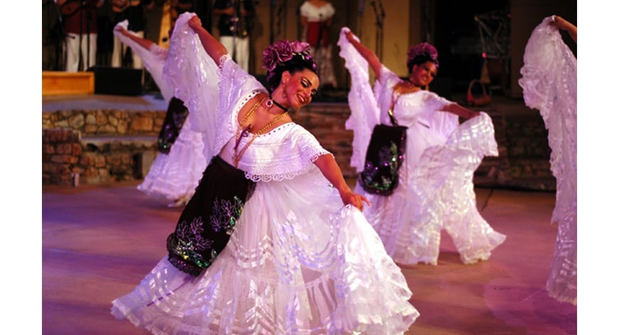Big World Fun: Grandeza Mexicana Folk Ballet Company