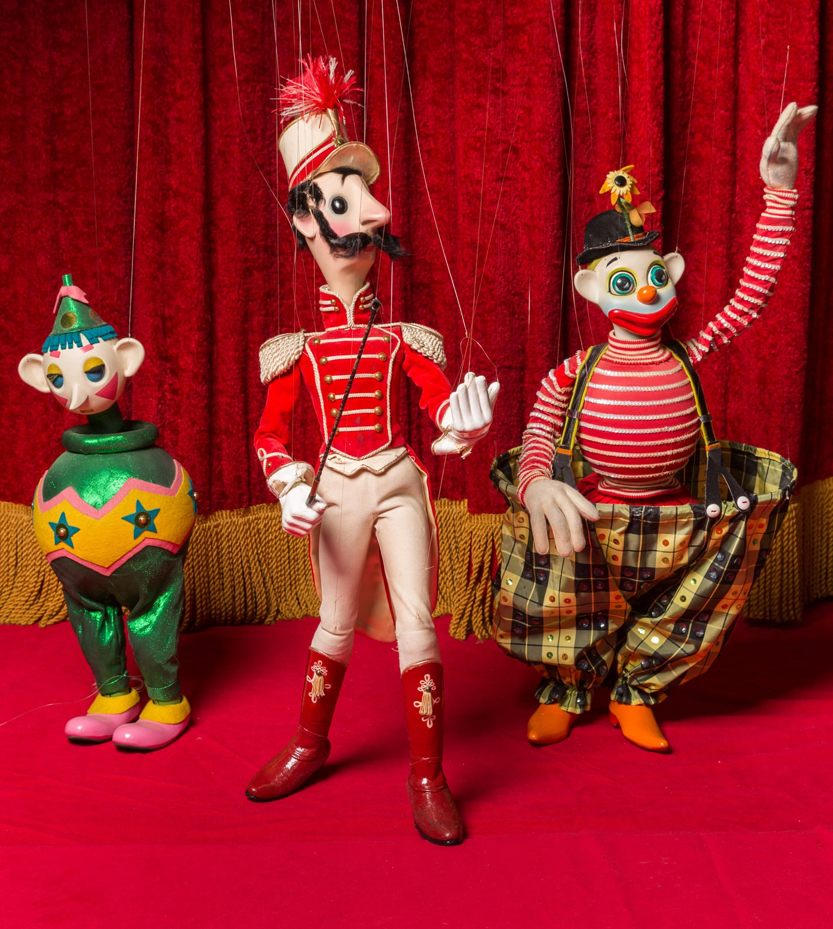 Bob Baker's Marionettes Present The Circus