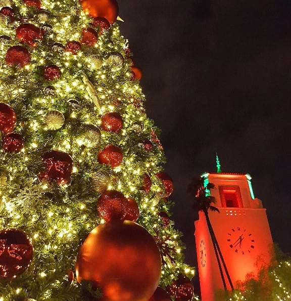 Union Station Annual Tree Lighting and Cocoa Concert
