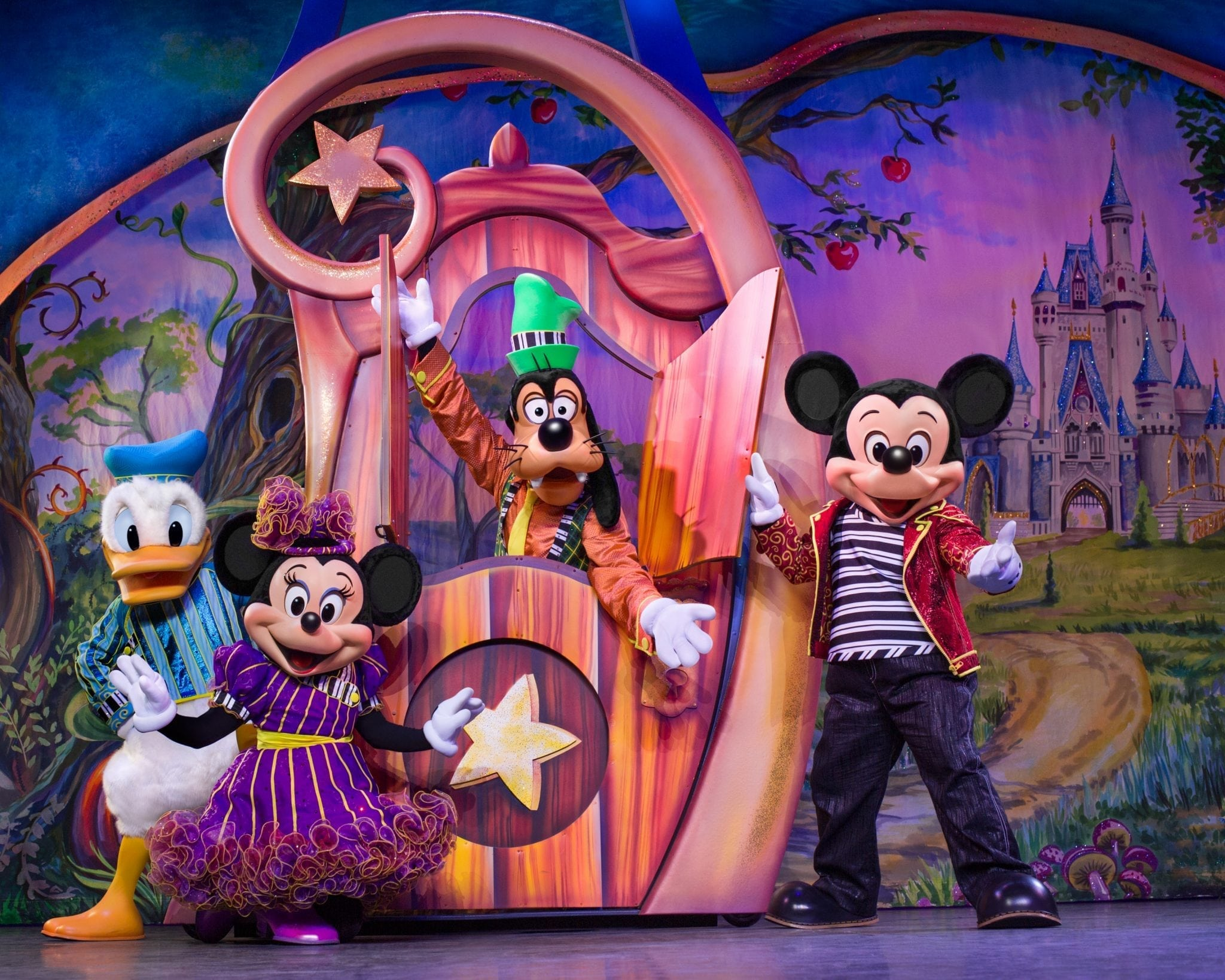 Disney Live: Mickey and Minnie's Doorway to Magic