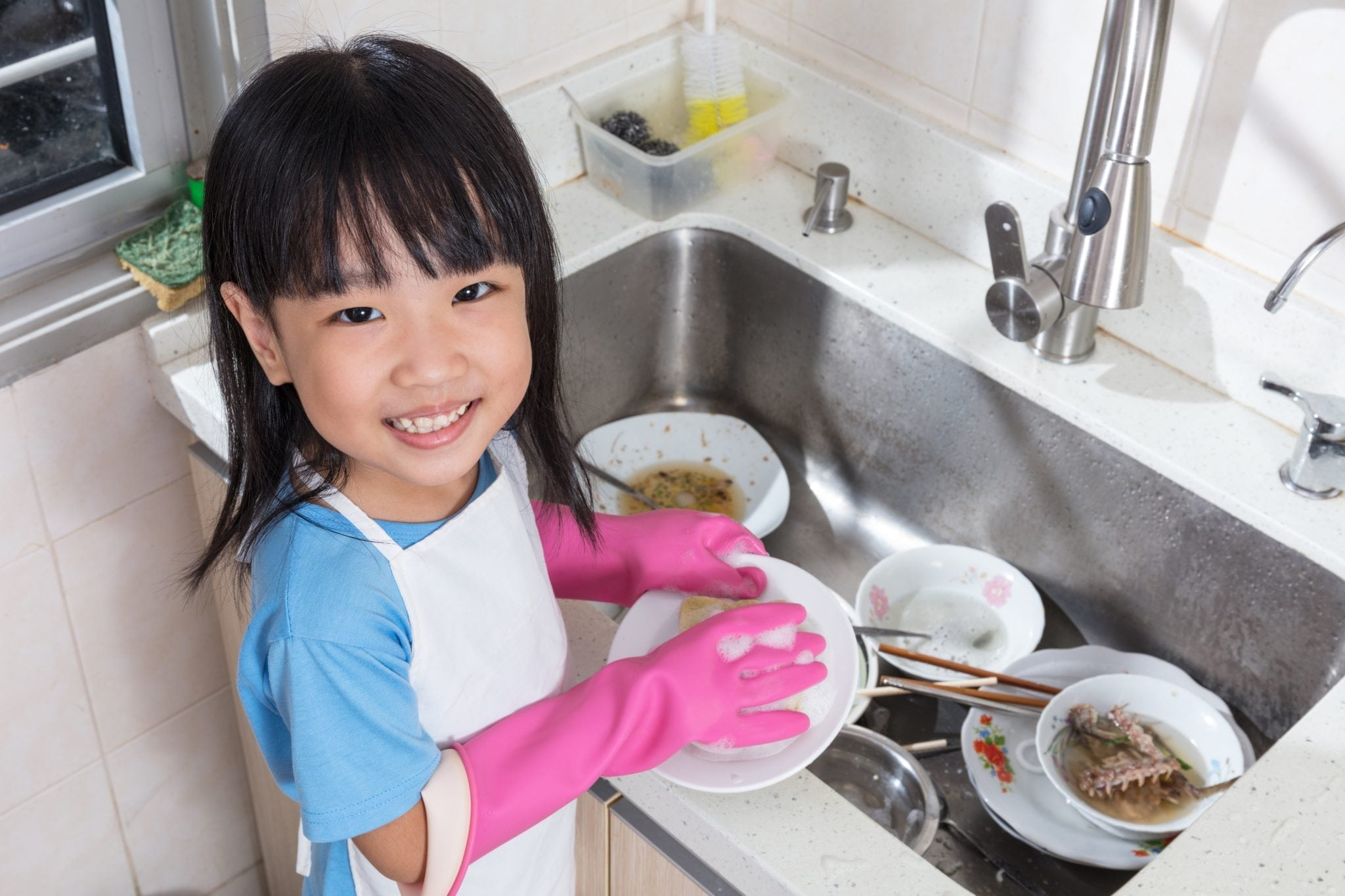 Kids and Chores: How to Get Them to Pitch In?