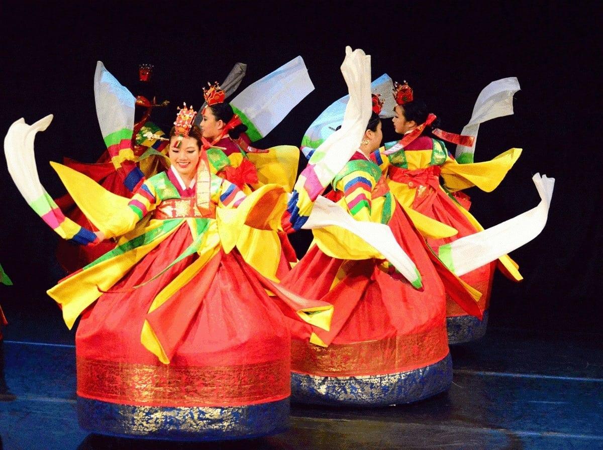Big World Fun: Kim Eung Hwa Korean Dance Company