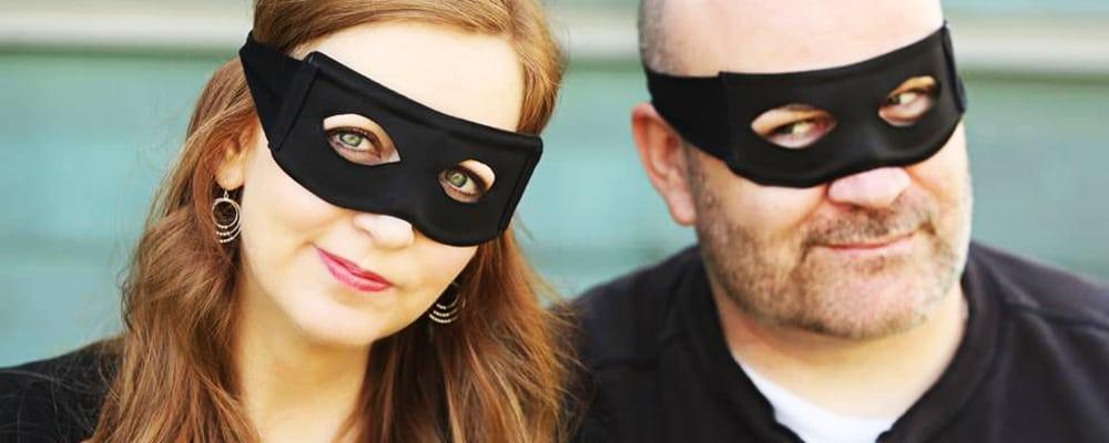 Authors Appearance: Shannon & Dean Hale