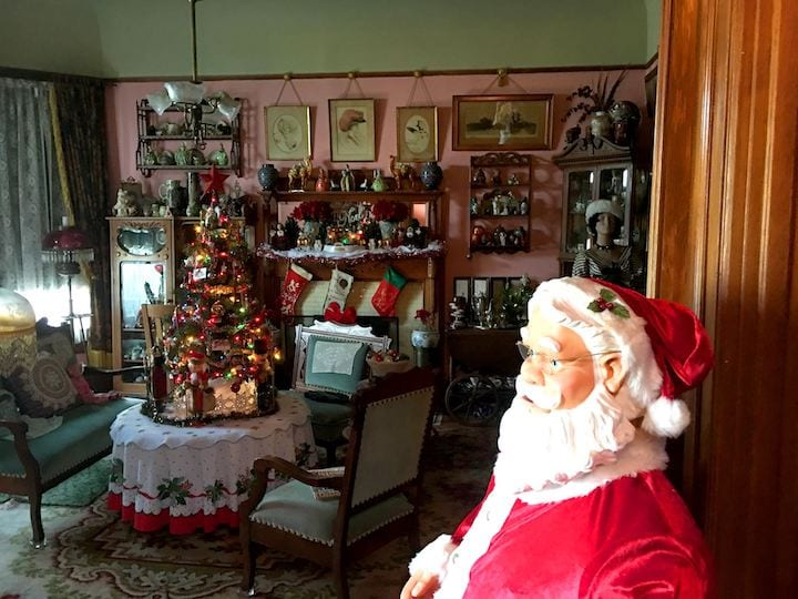 Victorian Christmas House Tour