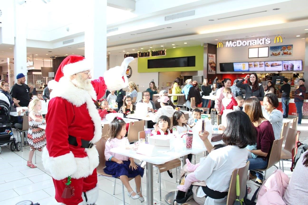 Breakfast With Santa at Plaza West Covina