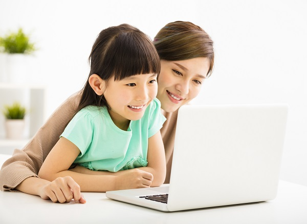 """""""Navigating the Media with Your Child"""" Parenting Workshop"""