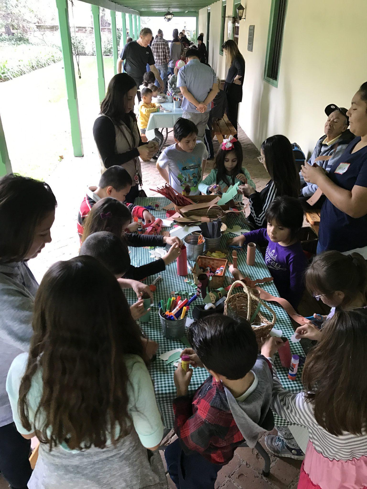 Tongva Children's Crafts