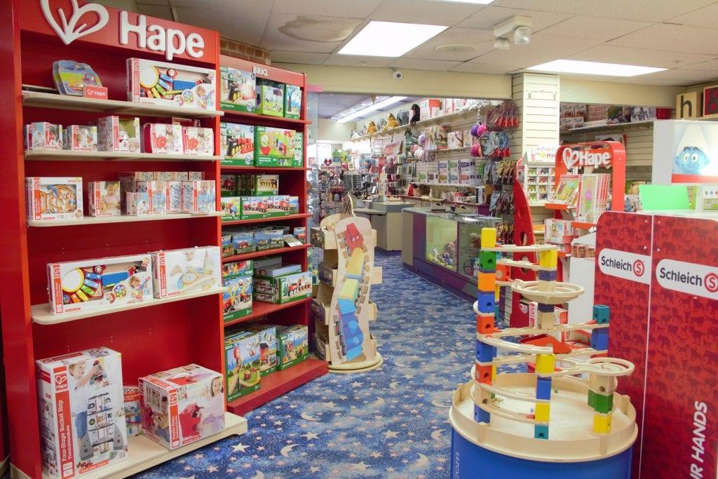 la toy stores