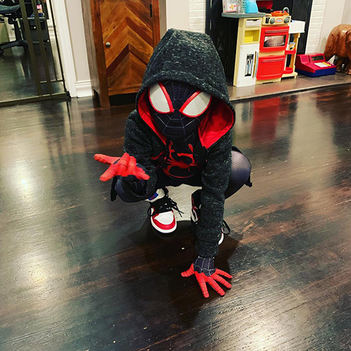 Novelty & Gag Toys Hot Sale Voice-activated Spider Hanging Wire Electric Lift Horror Halloween Bar Supplies Fool Toy Funny Spider More Discounts Surprises