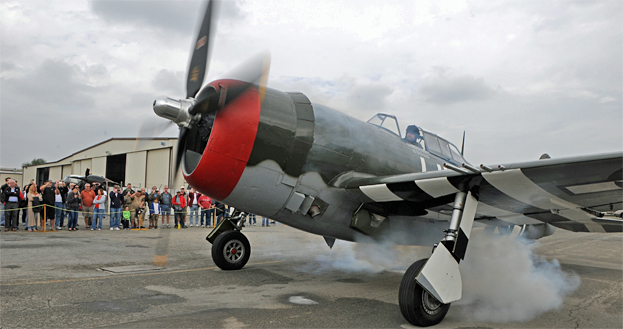 Living History Flying Day: P-47G Thunderbolt
