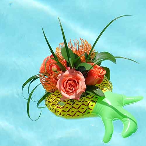Huntington Children's Flower Arranging: Floating Roses