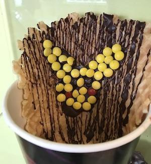 Menchie's Arts & Crafts Monday: Waffle Decorating