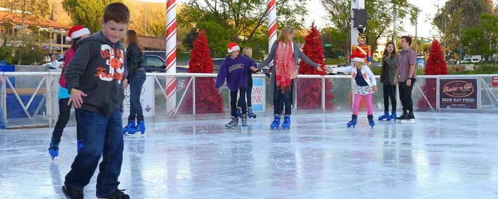 The Lakes at Thousand Oaks' Holiday Ice Rink