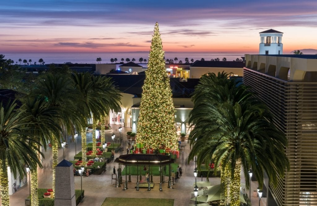 holiday shopping in Los Angeles