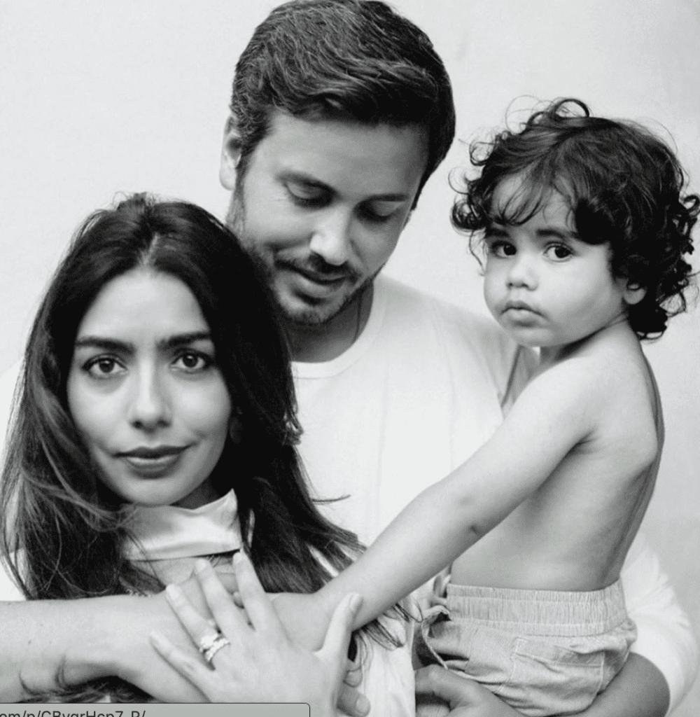 Deepika Chopra and family
