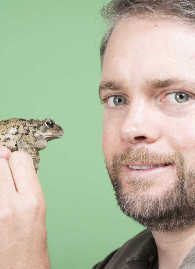 Slimy Skin and Sticky Salamanders